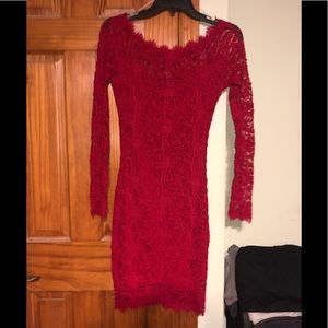 Dresses & Skirts - Lace red dress
